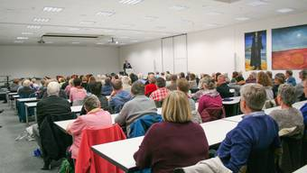 Ein Thema, das interessiert: Bis auf den letzten Platz gefüllter Saal an der Fachhochschule.