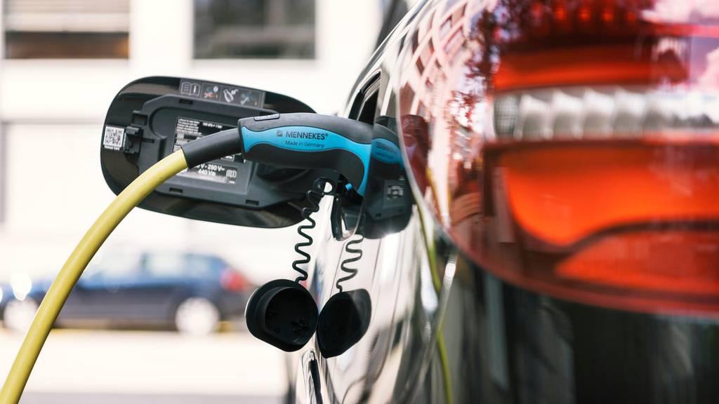 Reichweite von Elektroautos hat sich verdoppelt