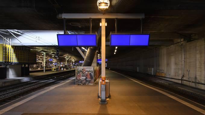 Die SBB meldet: Neu gibt es keine Züge mehr nach Italien. Auch kommen keine mehr von Italien in die Schweiz.