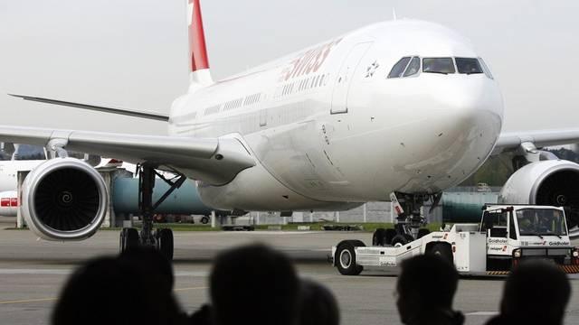 Airbus der Swiss - mit der Flexibilisierung können Personal-Engpässe aufgefangen werden (Archiv)