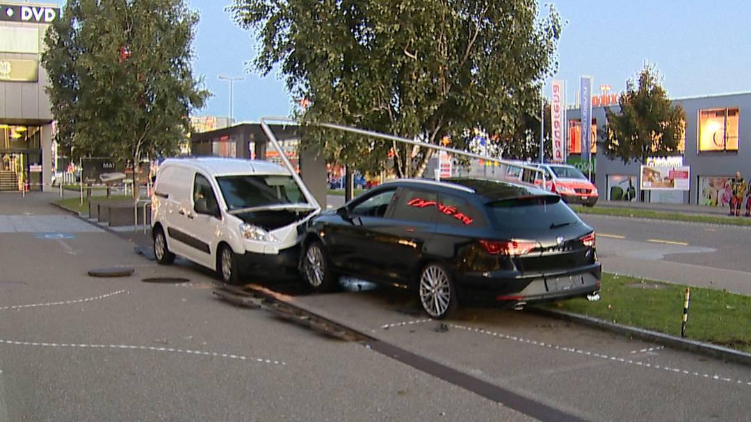 Verletzte nach Verkehrsunfall in Volketswil
