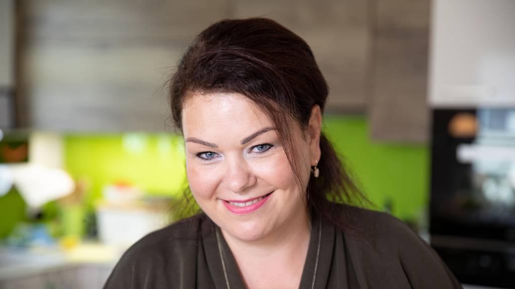 Lucia kreiert ein Rhabarber-Parfait