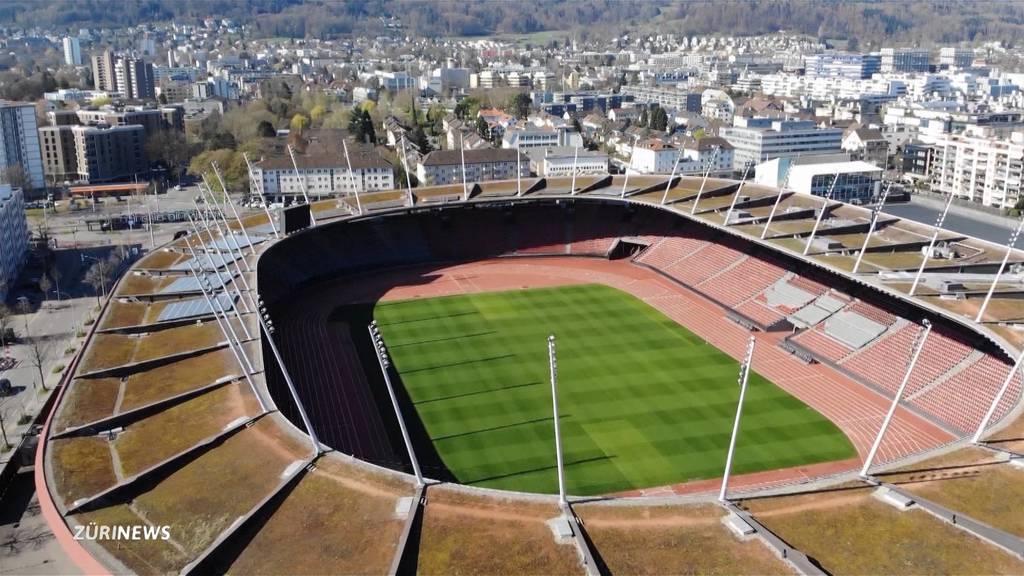 Zuschauer im Stadion: Fans hoffen, Vereine zweifeln
