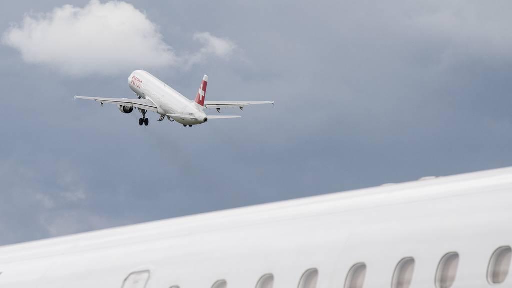 Ein seltenes Bild zu Coronazeiten: Wegen des Virus mussten viele Flugzeuge am Boden bleiben.