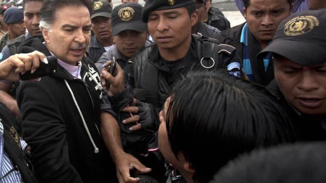 Guatemalas Ex-Präsident Alfonso Portillo (l.)