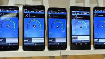 Der Bundesrat macht Frequenzen frei für die Einführung von 5G. Die Anbieter sind schon in den Startlöchern. Kunden können ab 2020 mit ersten Anwendungen rechnen. (Archivbild)
