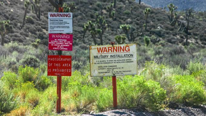 Kein Zaun, und doch eine der vermutlich am besten gesicherten Zonen in der westlichen Welt: Area 51.