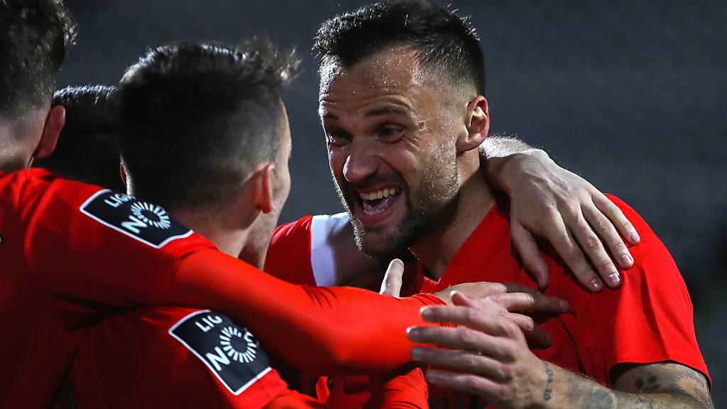 Haris Seferovic hat in Lissabon derzeit gut lachen: Er trifft für Benfica in fast jedem Spiel