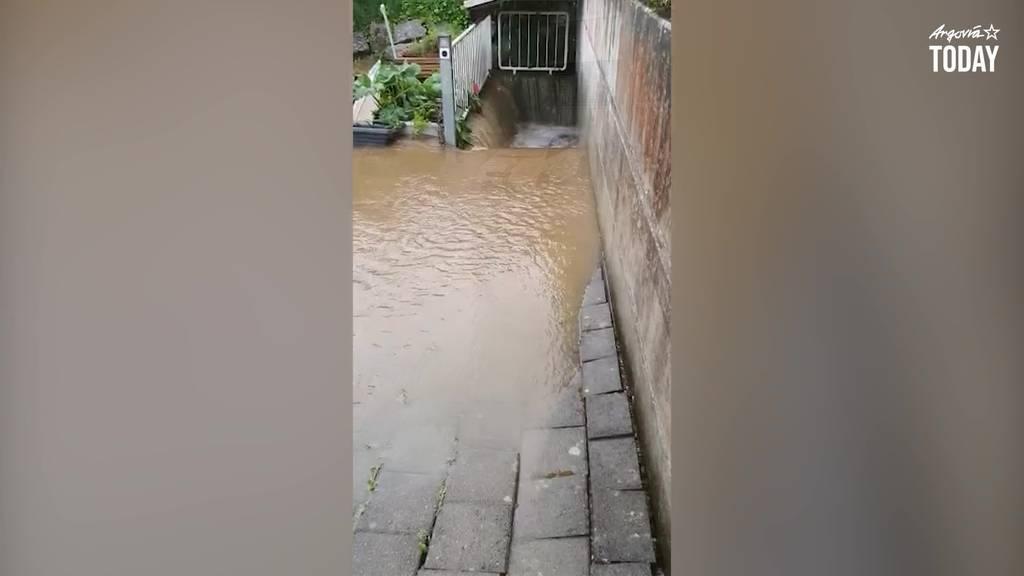 Starkregen setzt halbes Dorf unter Wasser
