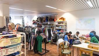 Kernstück des Drehpunkts ist der Secondhandladen «Kleiderschrank». Claudio Thoma
