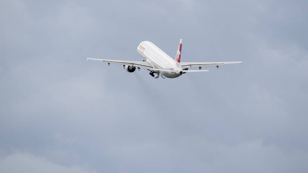 Wenig Verkehr am Himmel: Es wird immer noch deutlich weniger geflogen