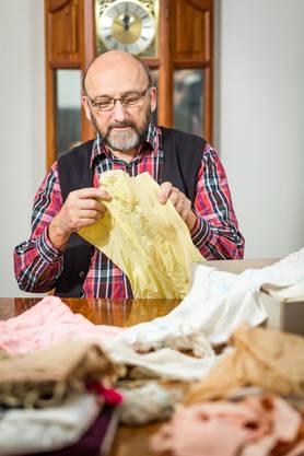 Edmund Studiger aus Oberkulm sammelt Unterwäsche – er ist im Besitz von mehr als 1000 Stück.