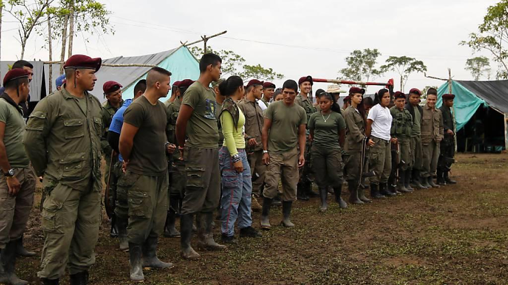 Bericht: Farc-Rebellen rekrutierten mehr als 18 000 Kinder