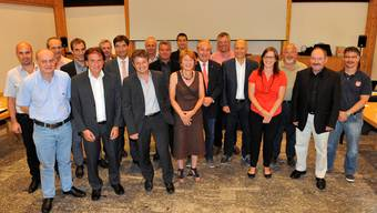Der neue Gemeinderat mit den ständigen Mitgliedern und den gestern anwesenden Ersatzmitgliedern.