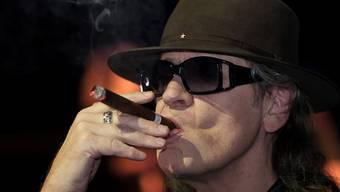 """Der deutsche Rockstar Udo Lindenberg hat leidvolle Erfahrungen mit dem Alkohol gemacht. Nach einer Vereinbarung mit sich selbst trinkt er nur noch """"ein bisschen Eierlikör"""". (Archivbild)"""
