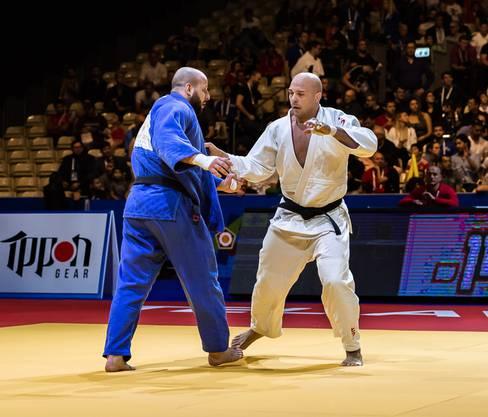 Der Brugger Judoka Patrik Moser (-110kg, in Weiss) an der Judo-EM in Tel Aviv.