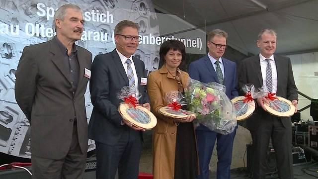 Bundesrätin Leuthard gibt Startschuss zum Eppenberg-Tunnel