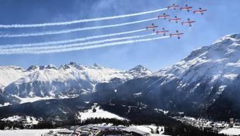 Das PC-7-Team fliegt regelmässig über St. Moritz. Hier im vergangenen Jahr beim FIS Weltcup Final. (Archivbild)