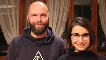 Reto Fischer (47) und Seylan Elbas (27) werden heute Abend als Buchser Einwohnerräte in Pflicht genommen.