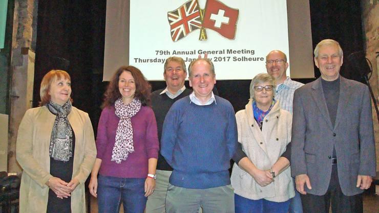 von links nach rechts: Shirley Bergman, Martina Lack, Adrian Allen, Präsident Ian Bergman, Susie Fieldhouse, Stephen Barber, Frédéric Falbriard (fehlt Beat Herzig)