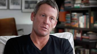 Lance Armstrong hat sich mit der Versicherung geeinigt.