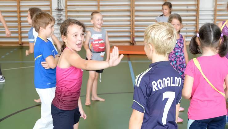 «Stopp, so nicht!»: Anna-Klara (8) sagt laut und deutlich, dass ihr eine Situation unangenehm ist.
