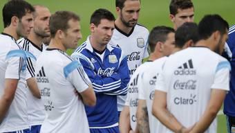 Lionel Messi (Mitte) hat mehr zu sagen als manch Aussenstehender glaubt.