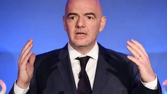 Die jüngsten Entwicklungen im Kampf um die Wahl zum neuen FIFA-Präsidenten lassen die Hoffnungen des Wallisers Gianni Infantino steigen
