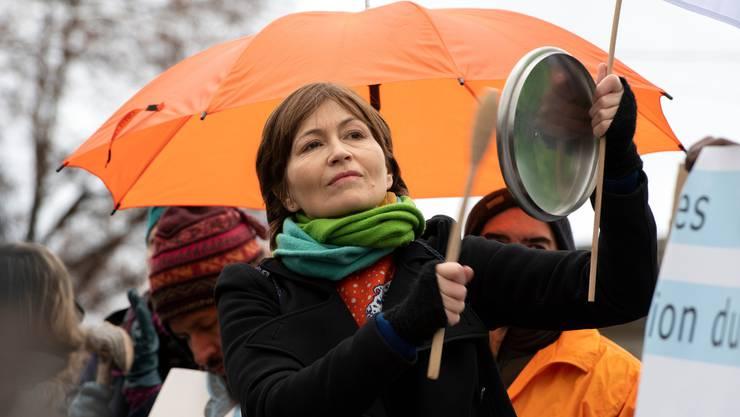 Profitieren davon, dass der Klimawandel die Menschen bewegt: Die Grünen um Parteipräsidentin Regula Rytz, hier bei einem Klima-Marsch in Bern.
