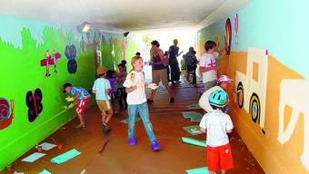 Begeistert: Die Kinder liessen ihrer Kreativität freien Lauf.
