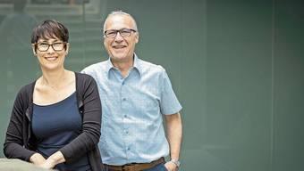 Sie kämpfen für den Erhalt der Schulpflegen im Aargau: Colette Basler und Franco Corsiglia, die Vizepräsidentin und der Präsident der Schulpflegepräsidenten-Vereinigung.