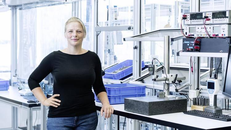 Kathrin Tschersich, Leiterin Montage Projektmuster
