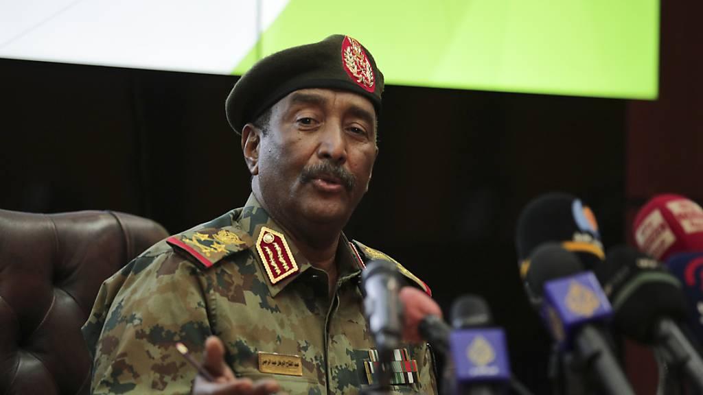 Nach Putsch im Sudan: Entmachteter Regierungschef in Militärgewahrsam