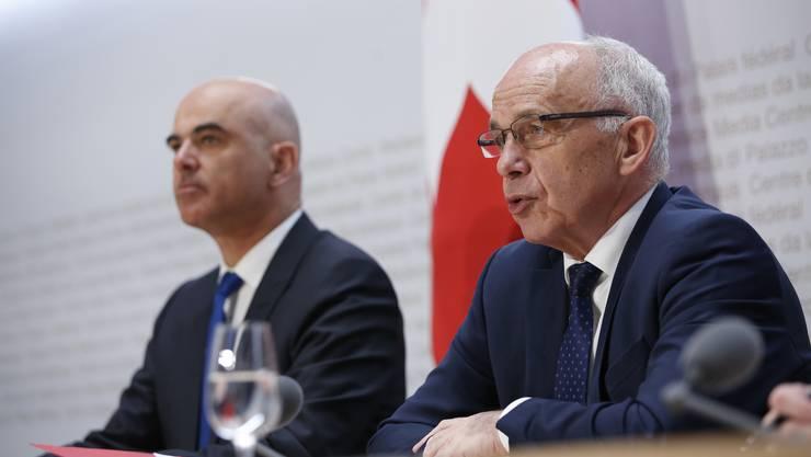 Die beiden Regierungsmitglieder warnen vor den Folgen einer Ablehnung der STAF.