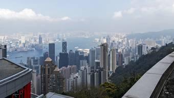 In Hongkong organisierte der Solothurner Treuhänder Betriebsstätten für seine Kunden. Das Modell ging nicht für alle auf: Einige kostete das Steuerkonstrukt mehr als es Einsparungen brachte.