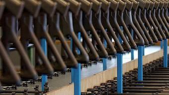 Waffen sollen in Kinderhände gelangt sein (Symbolbild)