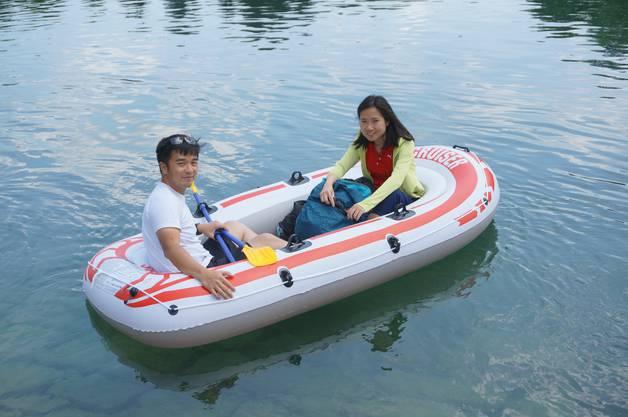 Sean und Angeline Tan wünschen sich einen Getränkehalter.