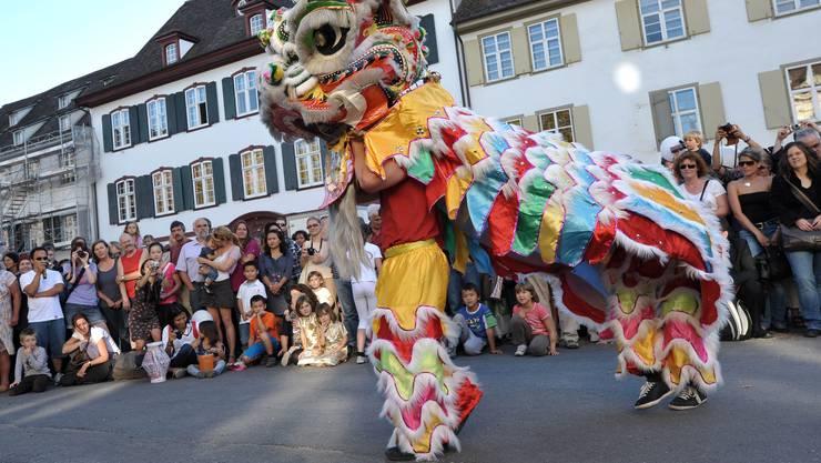 Einer der Höhepunkte des Mondfests ist der Löwentanz. (Archiv)