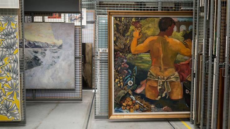 Auch in der Schweizerischen Bundestkunstsammlung lagern eine Menge Bilder, die nie ausgestellt und trotzdem aufbewahrt werden. Bild: Keystone