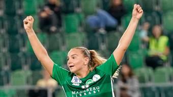 Die erste Heldin der Saison: Victoria Bischof schiesst beim 2:0 von St.Gallen Staad gegen GC im Eröffnungsspiel der Womens Super League beide Tore.