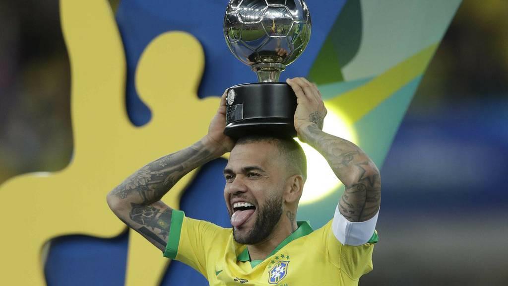Alves sucht neuen Verein über Instagram