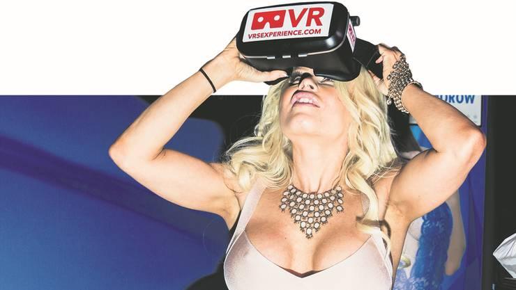 An der «Adult Entertainment Expo» in Las Vegas ging es nicht nur um Kurven, sondern vor allem um digitale Technologien.