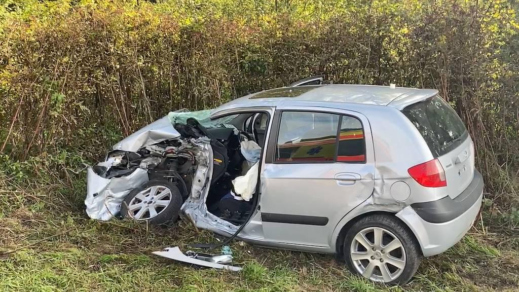 Unfall bei Schnottwil fordert zwei Schwerverletzte