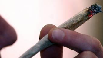 Keine Experimente mit Cannabis-Liberalisierung in Schweizer Städten.