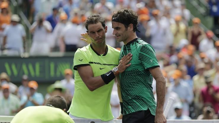 Rafael Nadal und Roger Federer liefern sich in dieser Woche ein Fernduell.