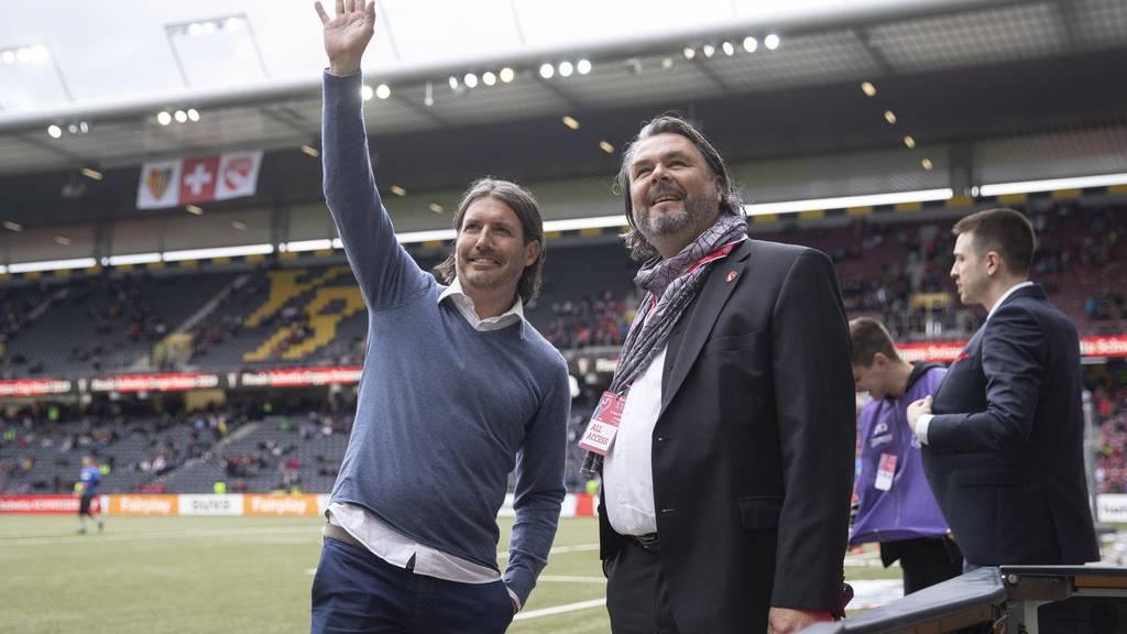 Thuns Sportchef Andres Gerber, links, und Thuns Praesident Markus Luethi, vor dem Schweizer Fussball Cupfinalspiel zwischen dem FC Basel und dem FC Thun, am Sonntag 19. Mai 2019, im Stade de Suisse in Bern.
