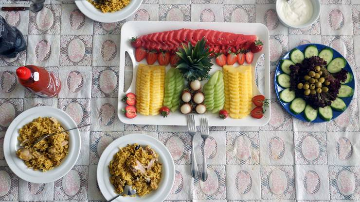 Bei dem pakistanischen Gericht «Chicken Biryani» wird das Poulet nicht gebraten, sondern in heissem Wasser gekocht.