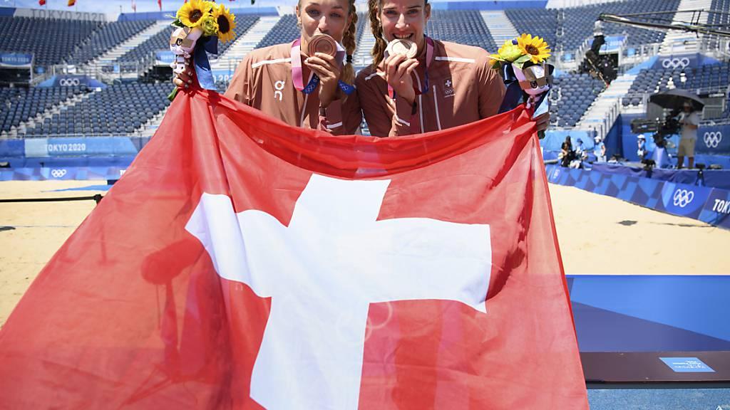 Was als Experiment begann, endete für Joana Heidrich (rechts) und Anouk Vergé-Dépré mit Olympia-Bronze