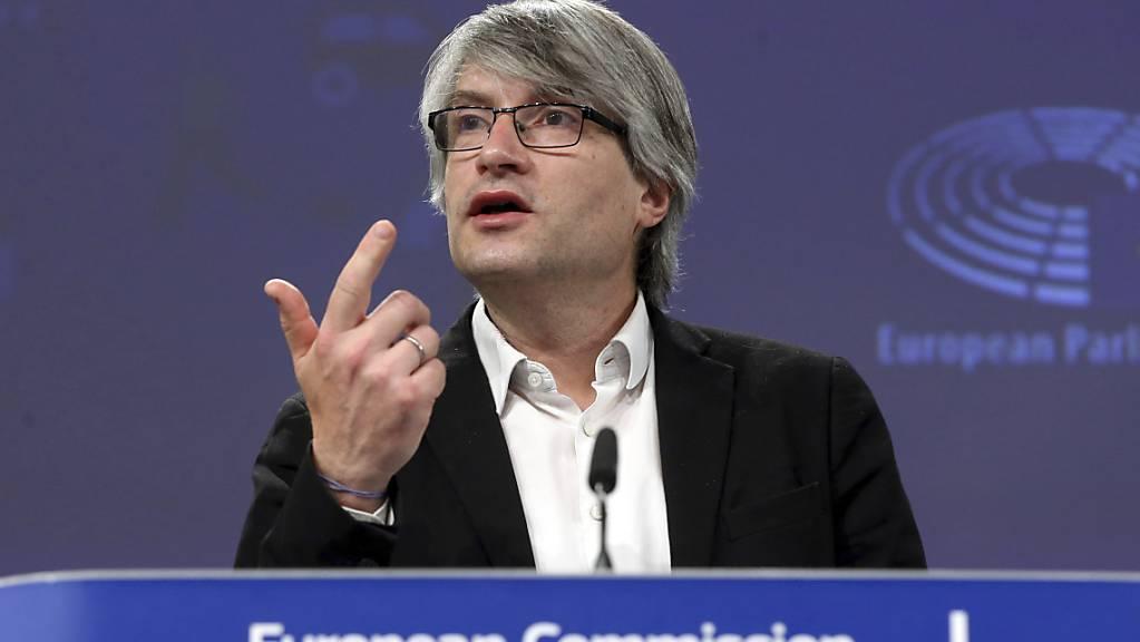 Der deutsche Grünen-Finanzexperte Sven Giegold ist überzeugt, dass die neuen Steuerregeln in der EU ein scharfes Schwert gegen die Steuervermeidung sein werden.