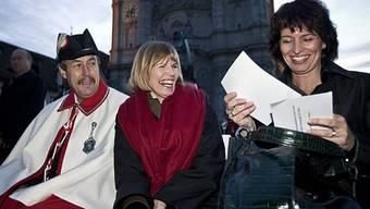 Gute Laune: Erika Forster (m.) und Doris Leuthard in St. Gallen
